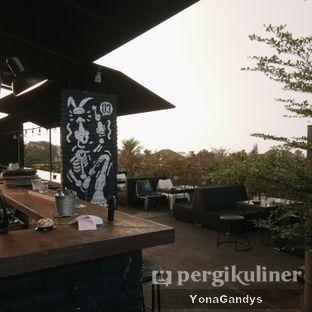 Foto 6 - Eksterior di Level 03 Rooftop & Grill by Two Stories oleh Yona dan Mute • @duolemak