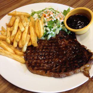 Foto 2 - Makanan(Rib Eye) di Meaters oleh Pengembara Rasa