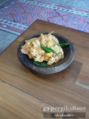 Foto 2 - Makanan(Bakwan goreng) di Opah Mami oleh UrsAndNic