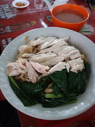 Foto - Makanan di Mie Ayam Alot (Aheng) oleh Makan2 TV Food & Travel