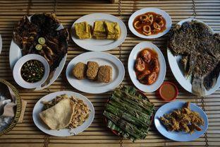 Foto 8 - Makanan di Ikan Bakar Hj. Merry oleh yudistira ishak abrar