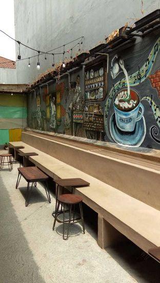 Foto 7 - Interior di Janji Kopi oleh felita [@duocicip]