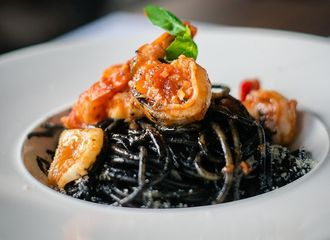 12 Restoran di Puri untuk Tempat Makan Siang Paling Recommended