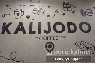 Foto 3 - Interior di Kalijodo Coffee oleh Hungry Couplee