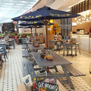 Foto 4 - Interior di Fish & Co. oleh IG: FOODIOZ