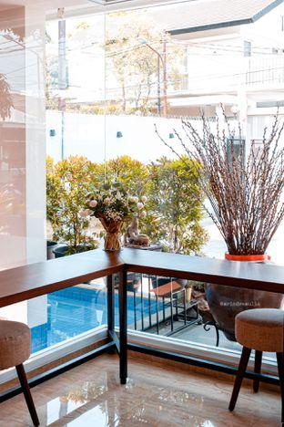 Foto 10 - Interior di Caffeine Suite oleh Indra Mulia