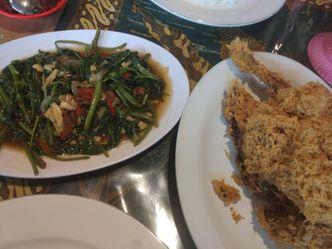 Foto Makanan di Ayam Goreng Ny. Suharti
