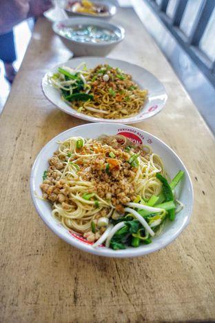 Foto 7 - Makanan di Bakmi Bangka Rosela 77 oleh Nanakoot