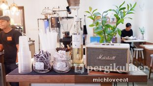 Foto 7 - Interior di Pigeon Hole Coffee oleh Mich Love Eat