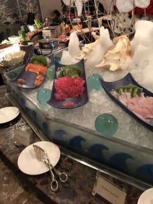 Foto 6 - Makanan di The Cafe - Hotel Mulia oleh Freddy Wijaya