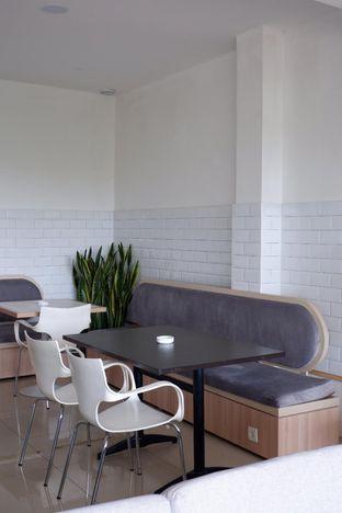 Foto 11 - Interior di Hafa Coffee & Kitchen oleh yudistira ishak abrar