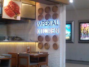 Foto 3 - Interior di Imperial Kitchen & Dimsum oleh Renodaneswara @caesarinodswr