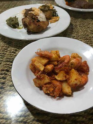 Foto 11 - Makanan di RM Minang Saiyo oleh yudistira ishak abrar