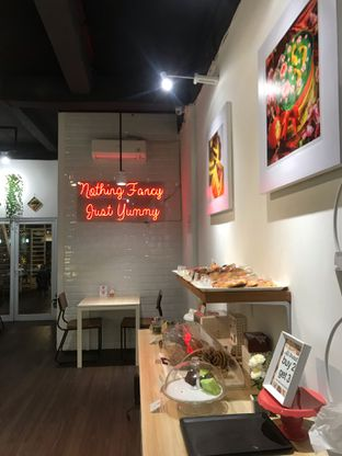 Foto 7 - Interior di Mary's Pastry Lab oleh @makankudiary (by tamy)