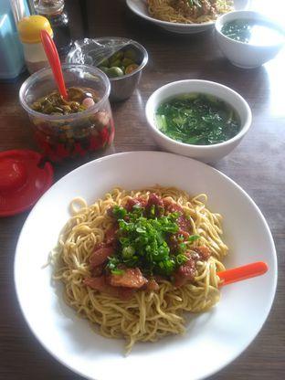 Foto 1 - Makanan di Bakmie Aloi oleh Agus Setiabudi