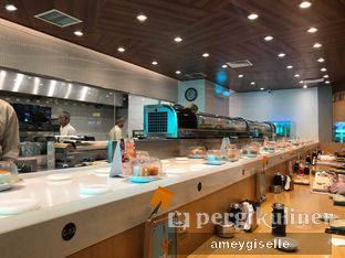 Foto 4 - Interior di Sushi Tei oleh Hungry Mommy