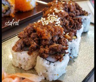 Foto 4 - Makanan(Sushi) di Washoku Sato oleh Stanzazone