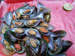 Foto 2 - Makanan di Kerang Kiloan Pak Rudi oleh Muyas Muyas
