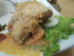 Foto 1 - Makanan di Ayam Tulang Lunak Hayam Wuruk oleh D L