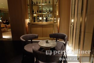 Foto 14 - Interior di Oku Japanese Restaurant - Hotel Indonesia Kempinski oleh Darsehsri Handayani