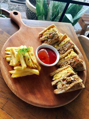 Foto 6 - Makanan di Kolonial Bistro & Roastery oleh kdsct
