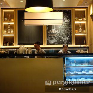 Foto review Piccolo Coffee Lounge oleh Darsehsri Handayani 7