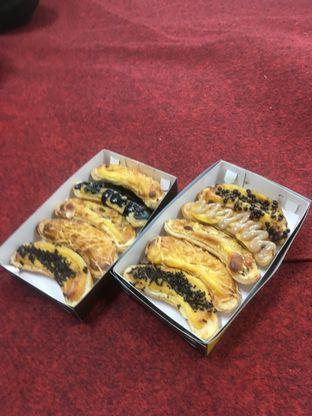Foto 6 - Makanan di Nadine Wibowo Pie Pisang Bogor oleh Prido ZH