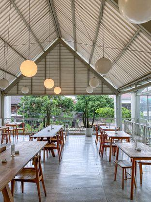 Foto 7 - Interior di Warung Nako oleh Indra Mulia