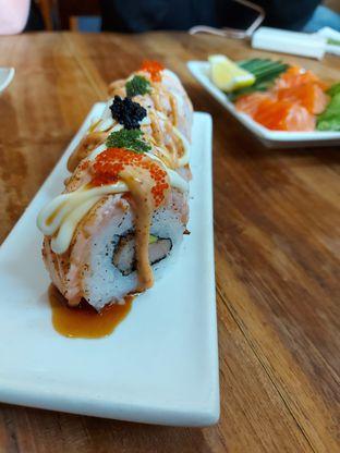 Foto 1 - Makanan di Umaku Sushi oleh Mouthgasm.jkt