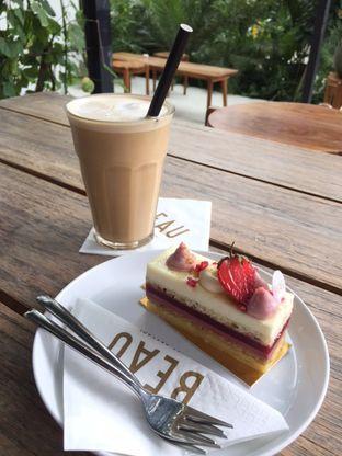 Foto 1 - Makanan di BEAU Bakery oleh Marisa Aryani