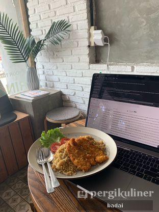 Foto review Ruang Temu Coffee & Eatery oleh Winata Arafad 2