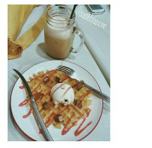 Foto - Makanan di Be Waffle oleh Saskhia