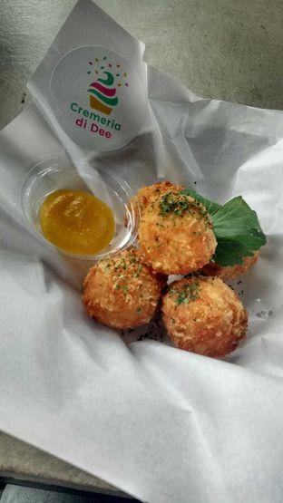 Foto 2 - Makanan(Bitterballen) di Cremeria di Dee oleh YSfoodspottings