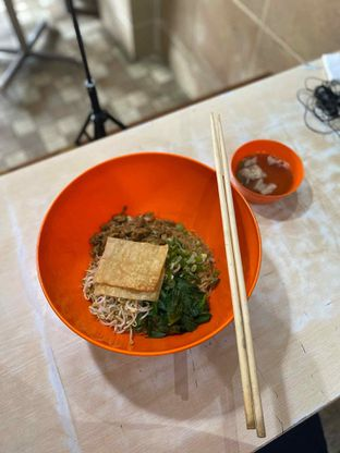 Foto 3 - Makanan di Bakso & Mie Ayam Yamin 33 oleh Riani Rin