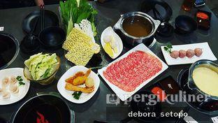 Foto - Makanan di Fire Pot oleh Debora Setopo