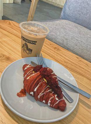 Foto - Makanan di Upnormal Coffee Roasters oleh @qluvfood