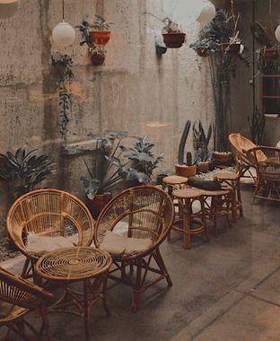 Foto 2 - Interior di Kopi Toko Djawa oleh @qluvfood