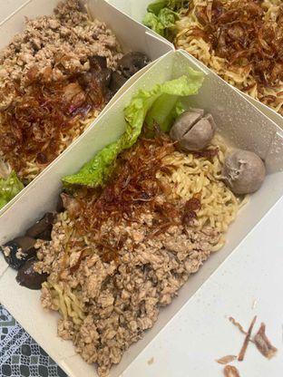 Foto 1 - Makanan di Pangsit Mie & Lemper Ayam 168 oleh Levina JV (IG : @levina_eat & @levinajv)