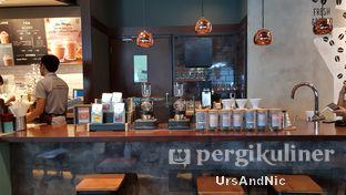 Foto 10 - Interior di Caribou Coffee oleh UrsAndNic
