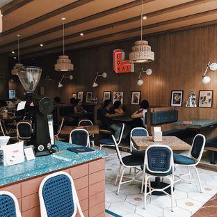 Foto 2 - Interior di Lokal oleh Della Ayu