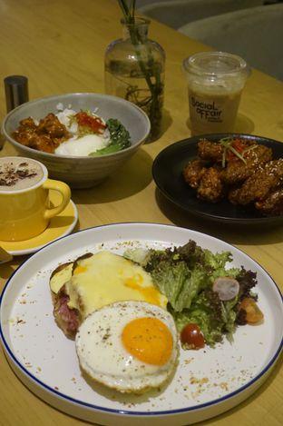 Foto 10 - Makanan di Social Affair Coffee & Baked House oleh yudistira ishak abrar