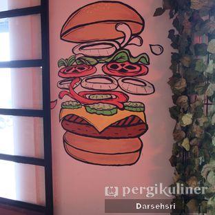 Foto review Whatever Restaurant oleh Darsehsri Handayani 9