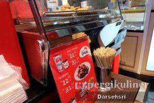 Foto 3 - Eksterior di Holdak Crispy Chicken oleh Darsehsri Handayani