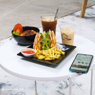 Foto Makanan di Monday Coffee