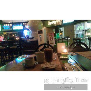 Foto 2 - Interior di Liquid Exchange oleh Anisa Adya