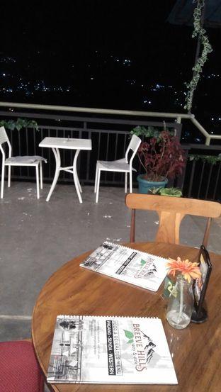 Foto 3 - Interior di Breeve Hills Resto & Cafe oleh Review Dika & Opik (@go2dika)