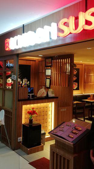 Foto 1 - Interior di Ichiban Sushi oleh @makansamaoki