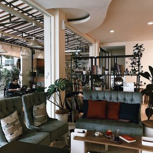 Foto 3 - Interior di Sang Cafe oleh Vanessa
