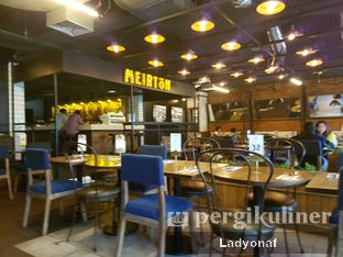 Foto 9 - Interior di Meirton oleh Ladyonaf @placetogoandeat