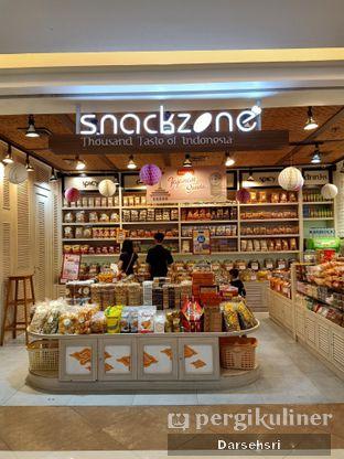 Foto 7 - Interior di Snack Zone oleh Darsehsri Handayani